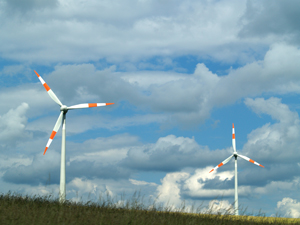 1027875_89038102_Wind_Turbines_stock_xchng_royalty_free_300