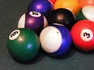 263001_6439_billiard_balls_stock_xchng_royalty_free_300