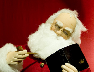 222492_6057_Santas_List_stock_xchng_royalty_free_300