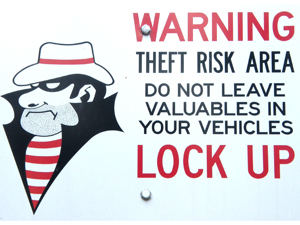 1023855_32957677_theft_risk_stock_xchng_royalty_free_300