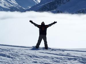 1141562_85659169_snow_board_cheer_300