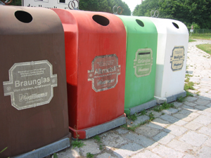 378777_8973_recycling_bins_stock_xchng_royalty_free_300