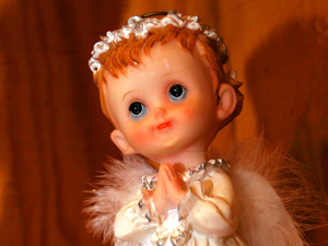 613986_53387406_Little_Angel_stock_xchng_royalty_free_300